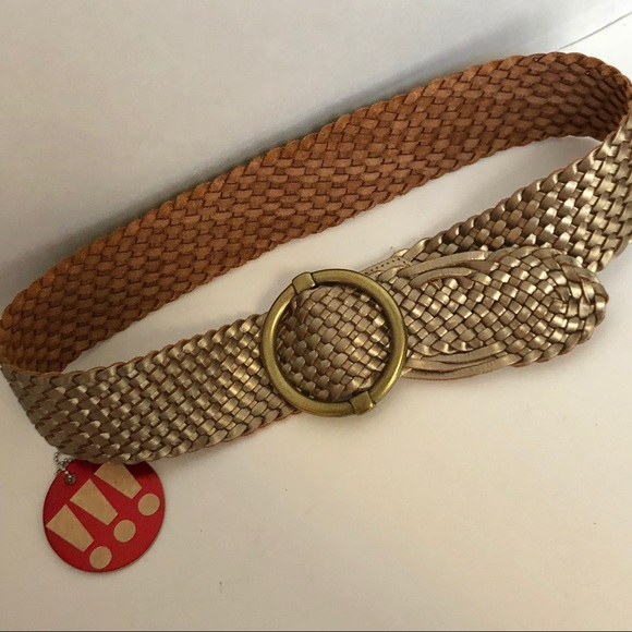 Ann Taylor Accessories - ANN TAYLOR weaved leather wide statement belt.